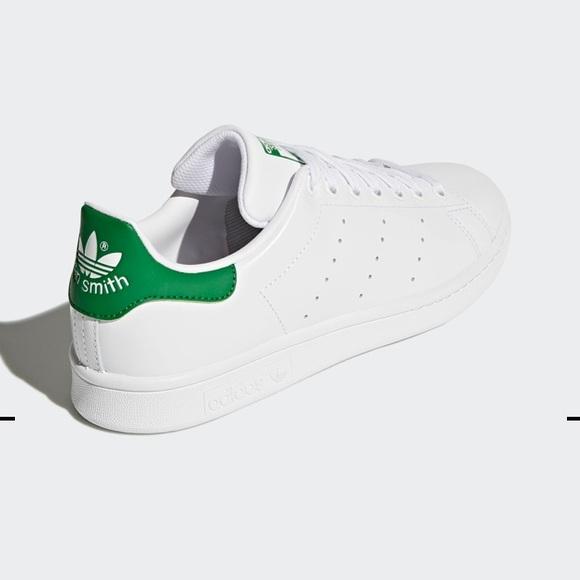 28914770fe7e Adidas Mens Cloudfoam Advantage Clean Sneakers
